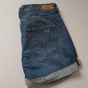 Levis Boyfriend cut jean shorts EUC size 6